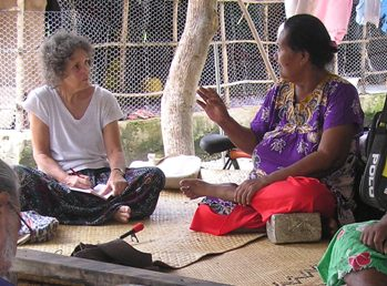 Eseta Pelesese talks with Anne, 19 Jan 2004